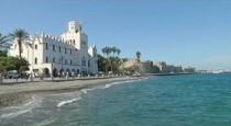 Греция: доходы от туризма падают